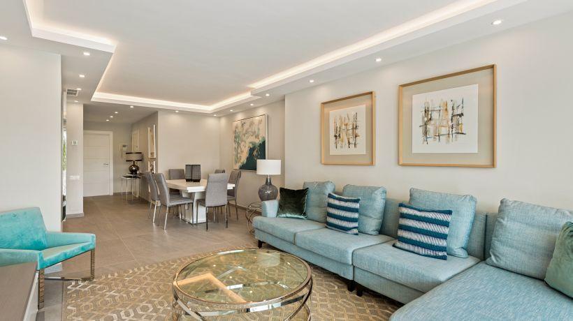 Apartment for sale in Los Granados Golf, Nueva Andalucia