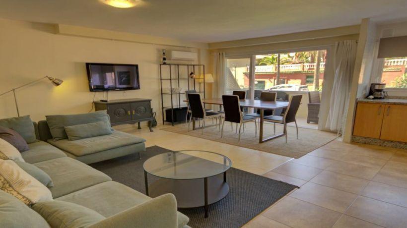 Duplex for sale in Carib Playa, Marbella East