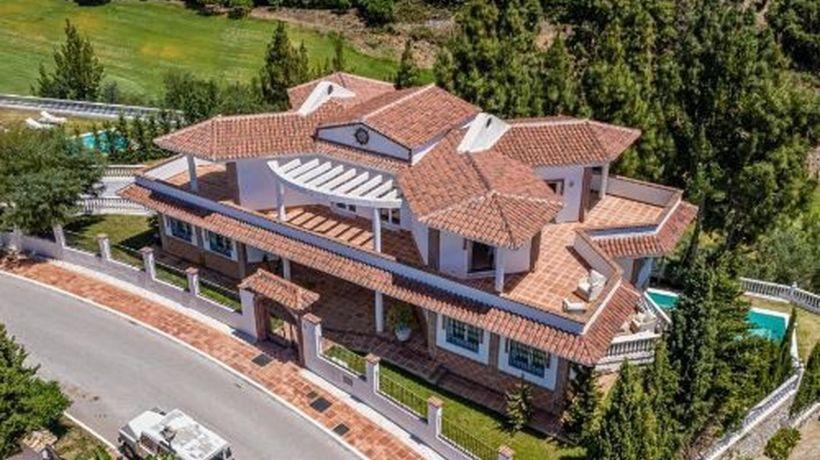 Villa for sale in El Chaparral, Mijas Costa