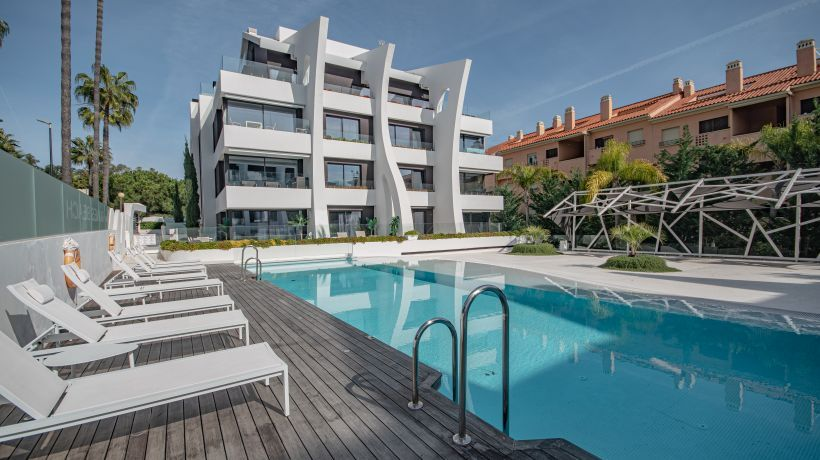 Apartment for long term rent in Dunes Beach, Marbella East