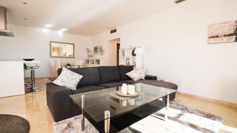 Apartamento Planta Baja En alquiler de corta temporada en Balcones del Lago, Istan