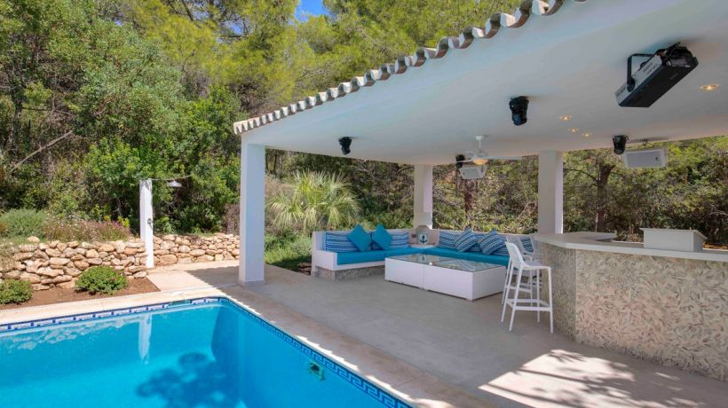 Villa for short term rent in Cascada de Camojan, Marbella Golden Mile