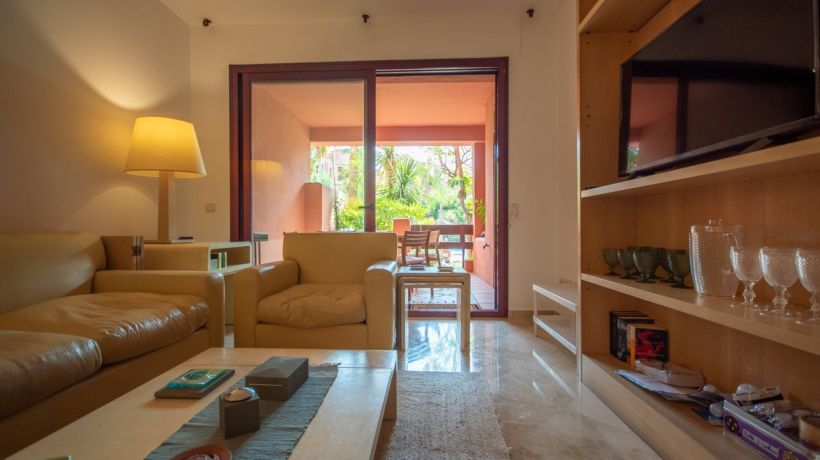 Ground Floor Apartment for long term rent in Las Chapas, Marbella East