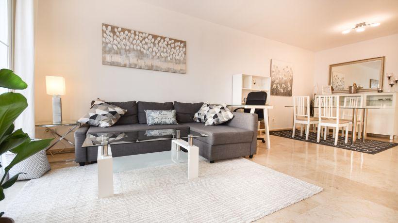 Penthouse for long term rent in Cerros del Lago, Istan