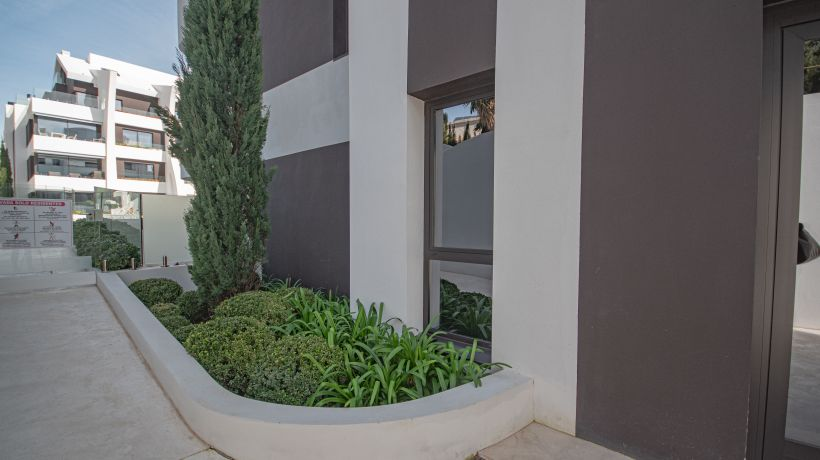 Apartment for rent in Dunes Beach, Marbella East