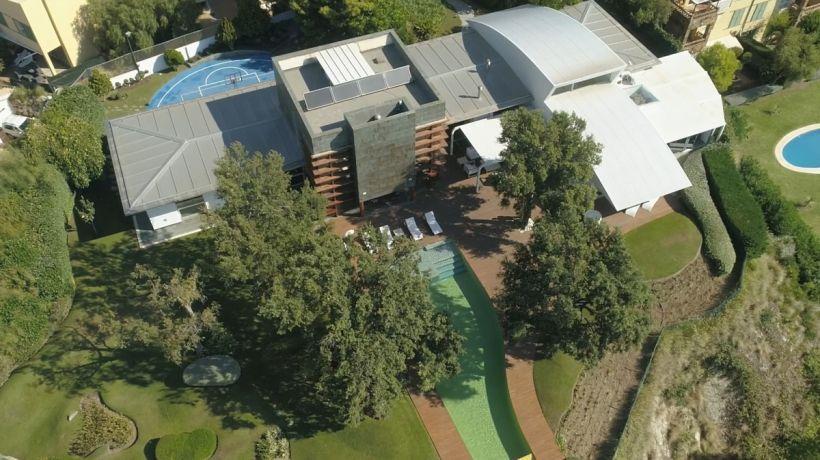 Villa for sale in Reserva del Higuerón, Benalmadena