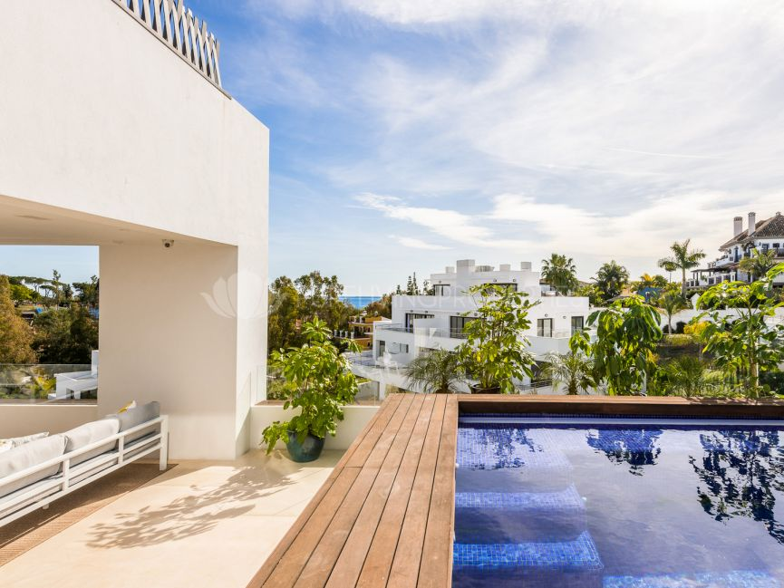 Luxury Penthouse in Golden Mile, Marbella.
