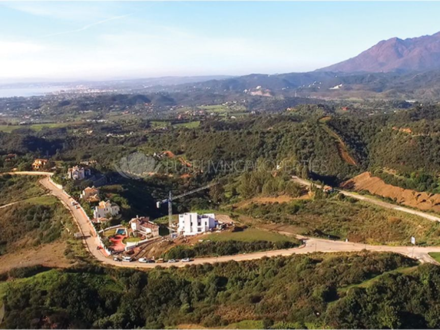 Immense plot for luxury villa in Estepona, New Golden Mile