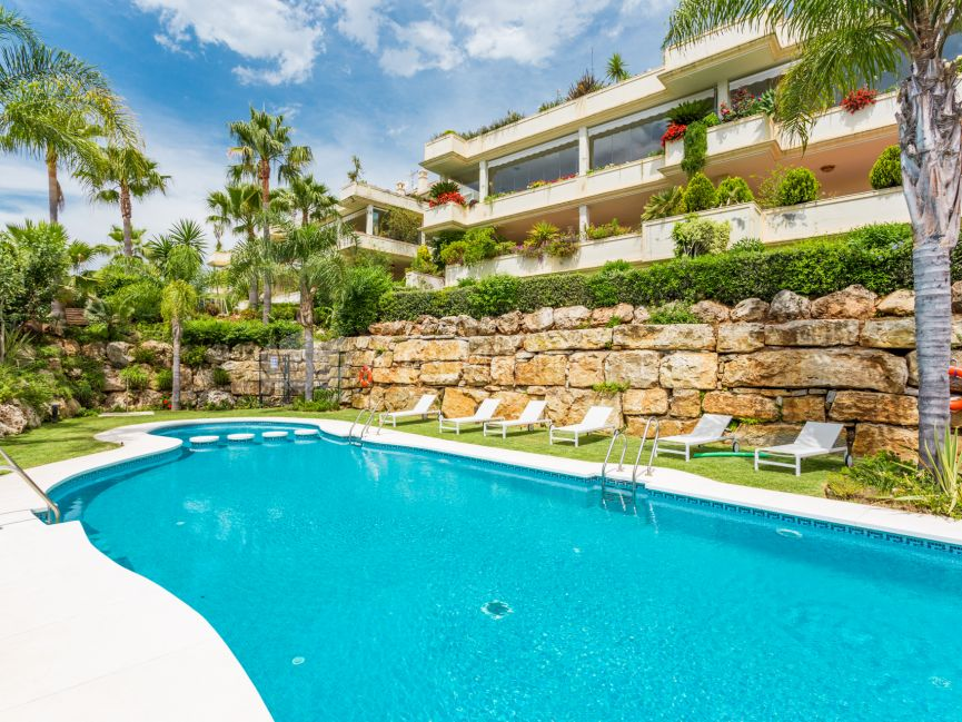 Elegant ample apartment in the exclusive resort of Mirador del Principe