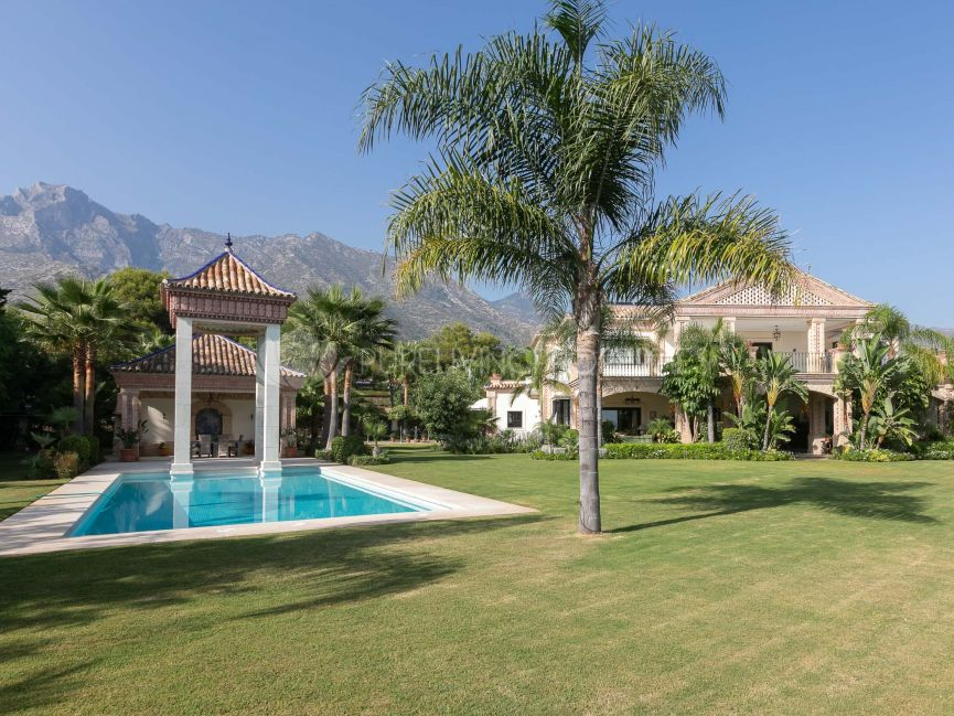 Spectacular villa for sale in La Quinta of Sierra Blanca, Marbella