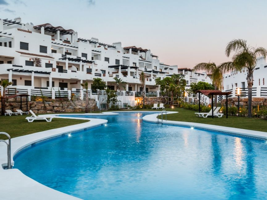 Stunning Penthouse in La Resina Golf and Country Club, Estepona