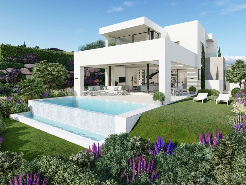 Three bedroom villa in Estepona Golf.