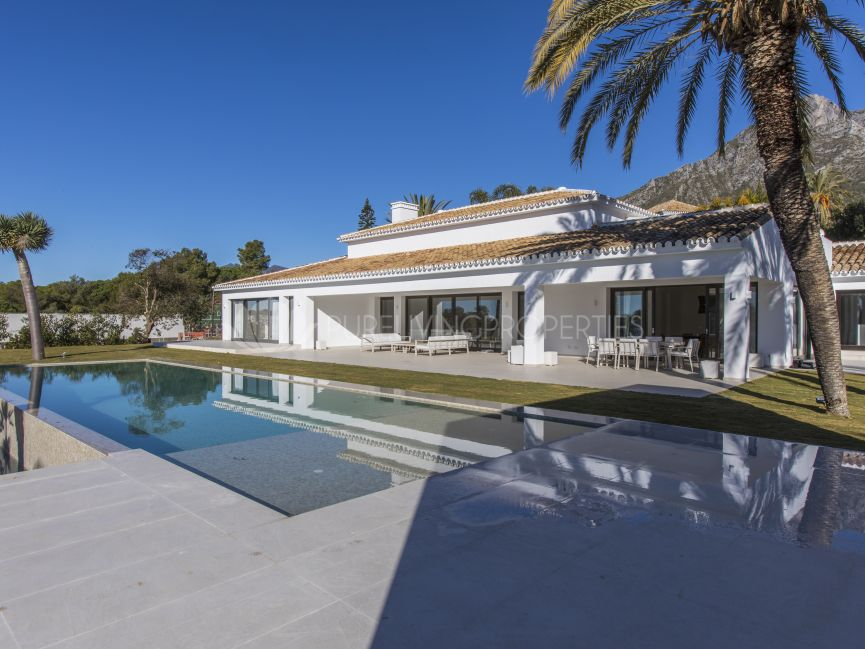 Spectacular six bedroom villa recently refurbished.