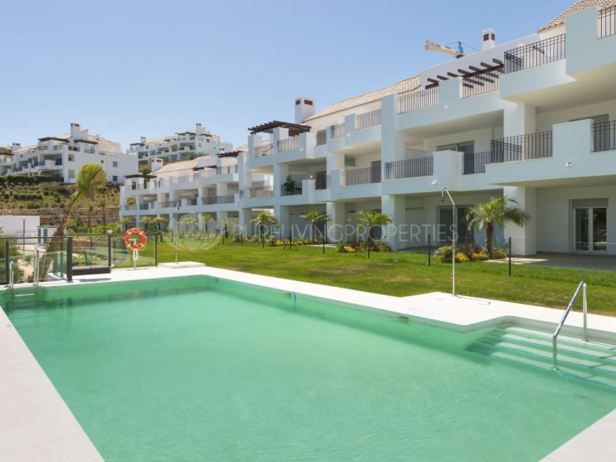 Amazing two bedroom apartment in Elviria Beach