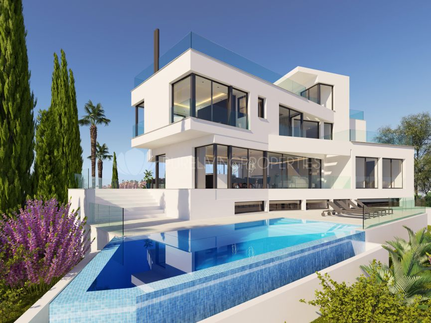 Brand new villa for sale in La Quinta, Benahavis.