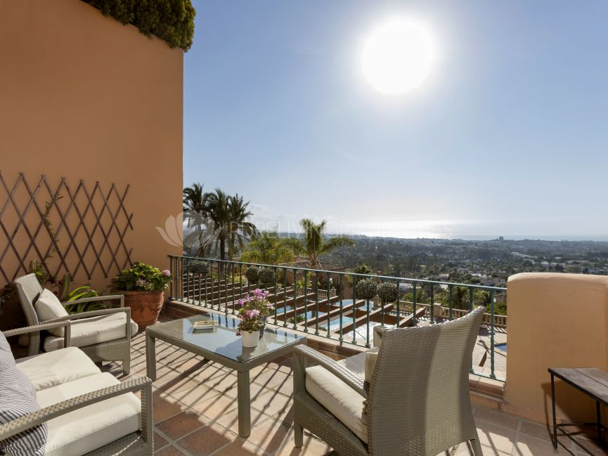 South facing duplex penthouse in Los Belvederes