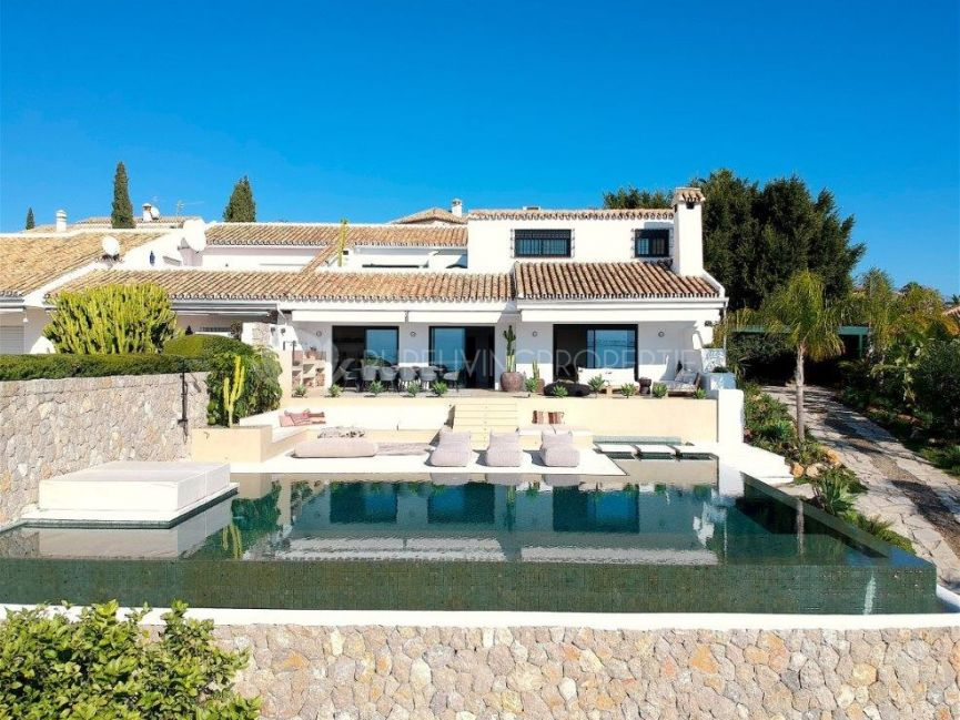 Ibiza style Villa with sea views in El Paraiso Alto, Benahavís