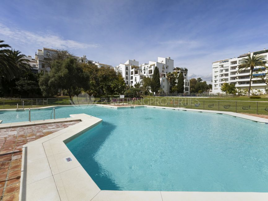 A one bedroom apartment in Puerto Banus