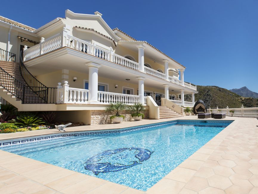 Villa with spectacular panoramic views in the Lomas de la Quinta