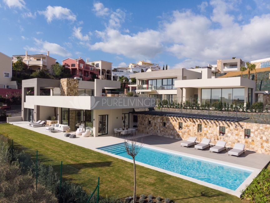 Brand new contemporary villa in Nueva Andalucia's Golf Valley