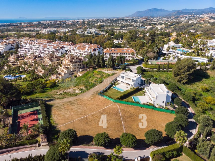 Plot with project in Las Lomas de Marbella Club