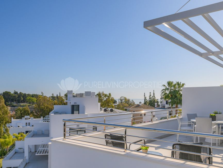 Luxurious Duplex Penthouse in Nazules, Marbella Golden Mile