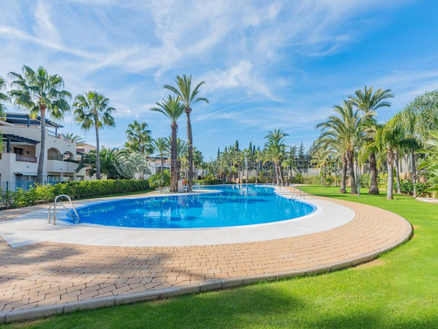 A two bedroom apartment in Medina de Banus