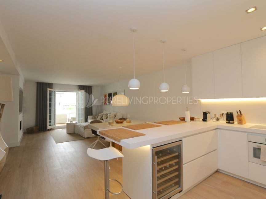 Fully refurbished three bed unit in Fase II, Puente Romano