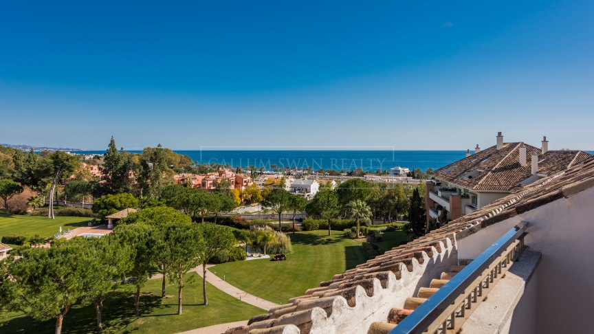 Marbella Golden Mile, Charming Duplex penthouse in La Trinidad with stunning sea views