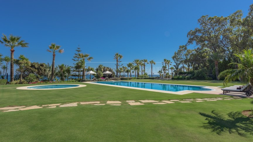 Impressive frontline beach property within the exclusive Marbella Club