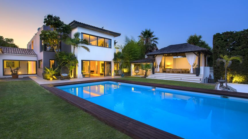 Estepona, Designer's dream home on the new golden mile