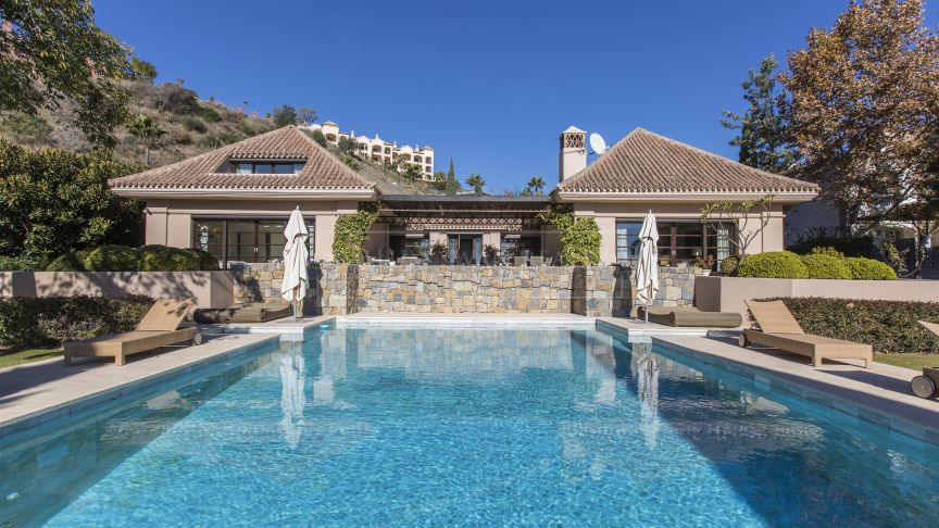 Benahavis, Beautiful home in Monte Halcones with fabulous views