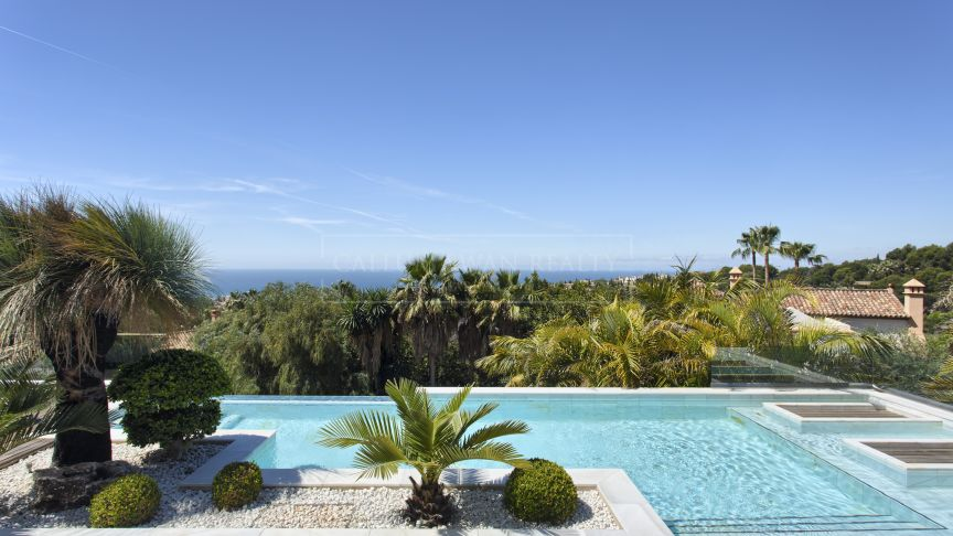 Marbella Golden Mile, Luxury, style and comfort in this espectacular villa with sea views in Cascada de Camojan