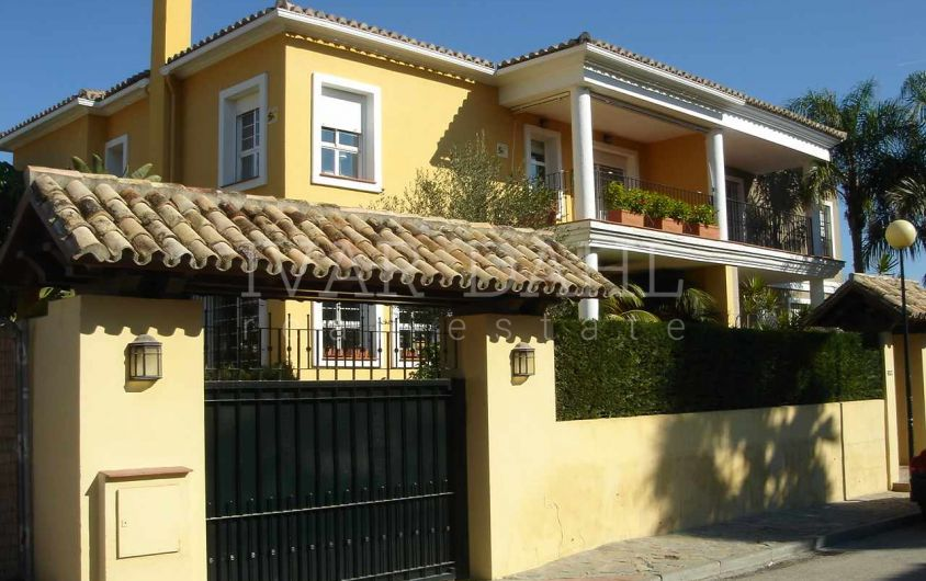 Semi Detached House for sale in Guadalmina Alta, San Pedro de Alcantara