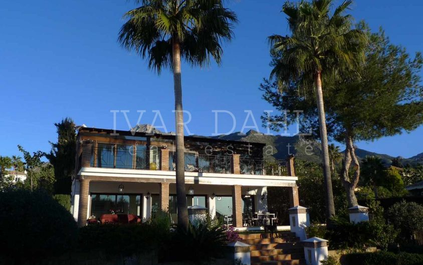 Villa for sale in Urb. Altos Reales, Marbella, Malaga, Costa del Sol