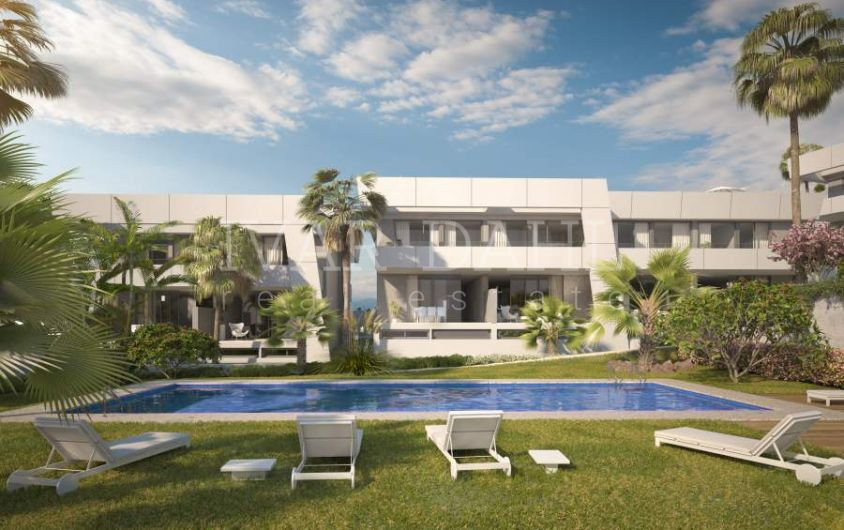 New contemporary townhouses for sale in Marbella
