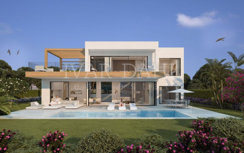 New contemporary Villas in east Estepona