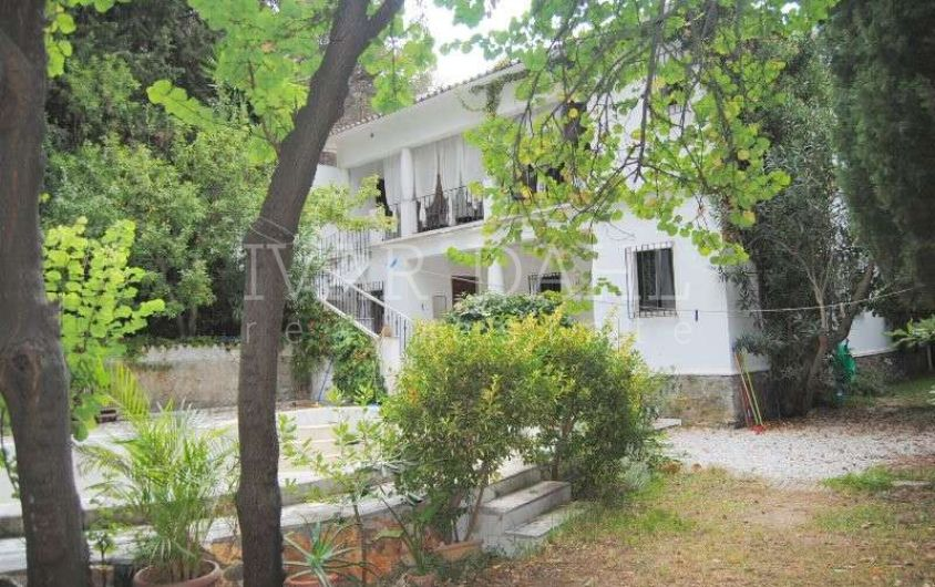 Villa for sale in La Montua, Marbella Centre