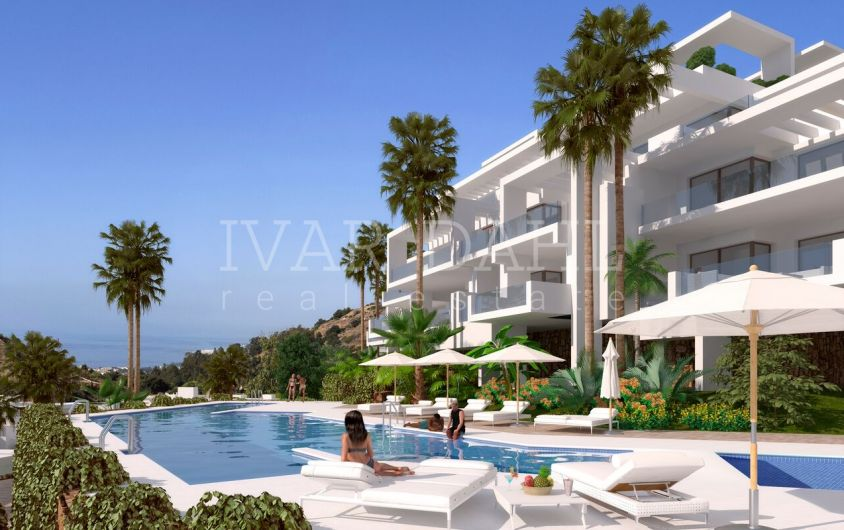 New modern apartments and penthouses near Marbella with panoramic sea views