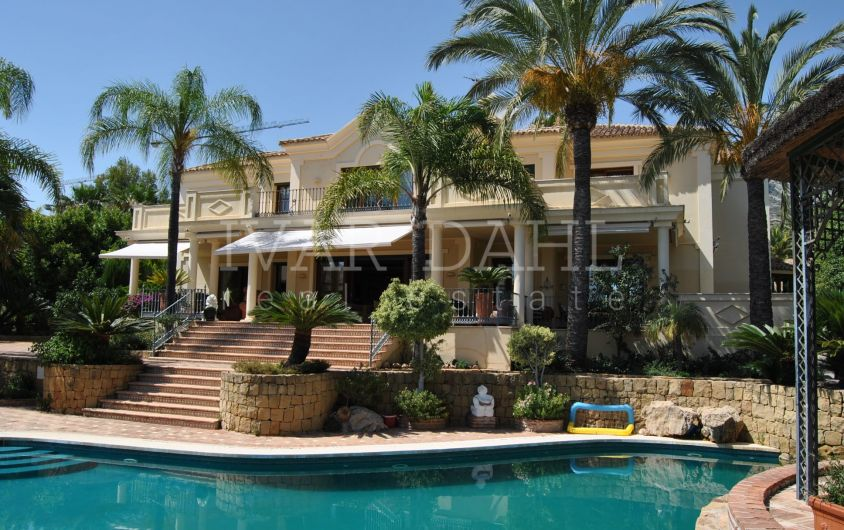 Villa for sale in Sierra Blanca, Marbella