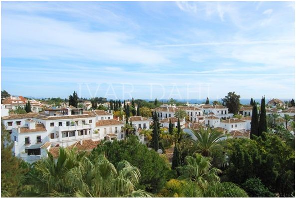 4 bedroom apartment on Golden Mile i Marbella, sea views
