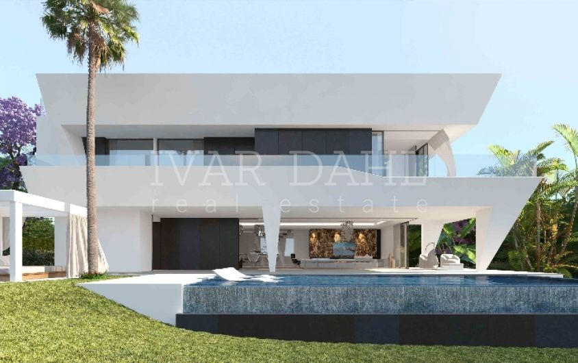 New modern villas in east Estepona