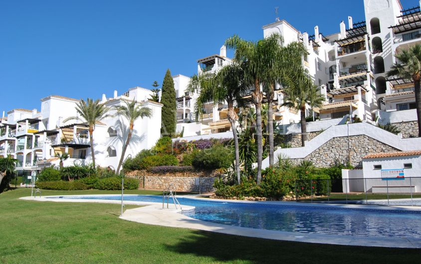Ground floor apartment in Mirador de Calahonda, Sitio de Calahonda, Mijas-Costa.