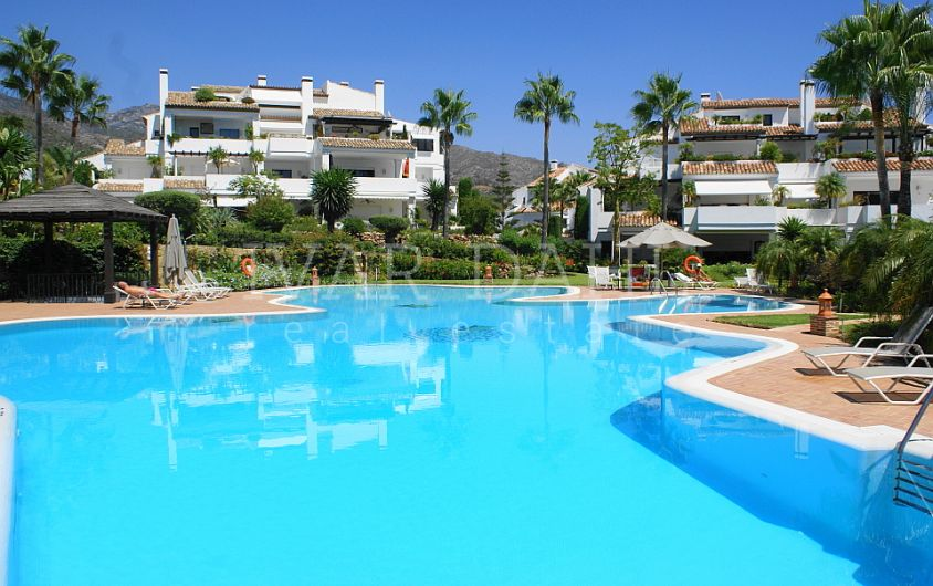 Apartment for sale in Monte Paraiso Country Club, Marbella