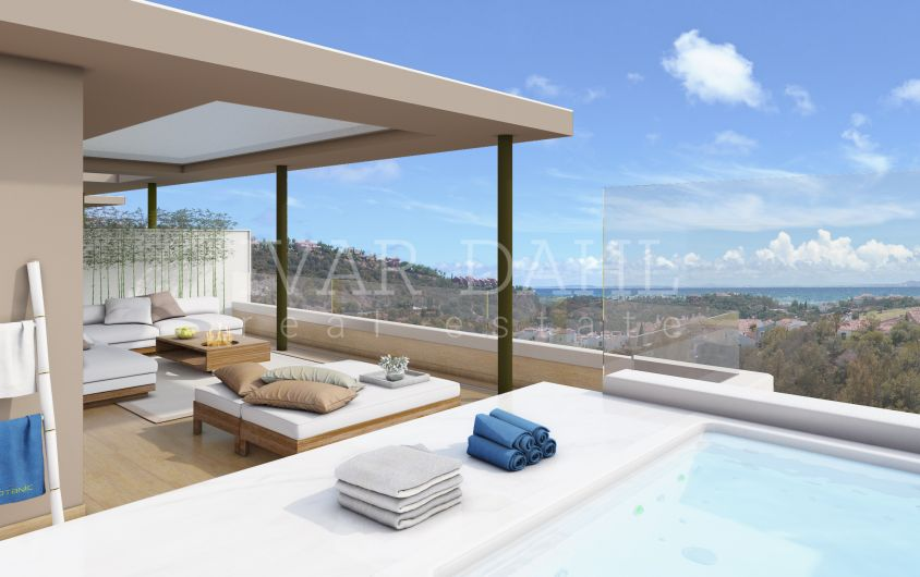 New , modern penthouse with sea views in Benahavis