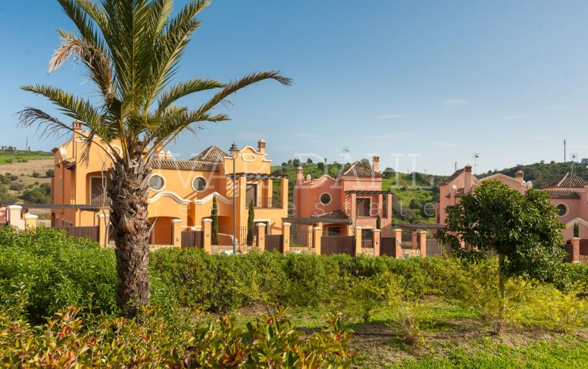 New Front Line Golf Villas for sale in Estepona, Malaga