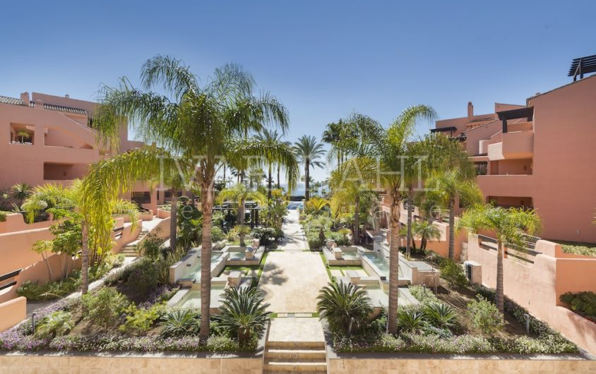 New Front Line Beach Penthouse in Estepona