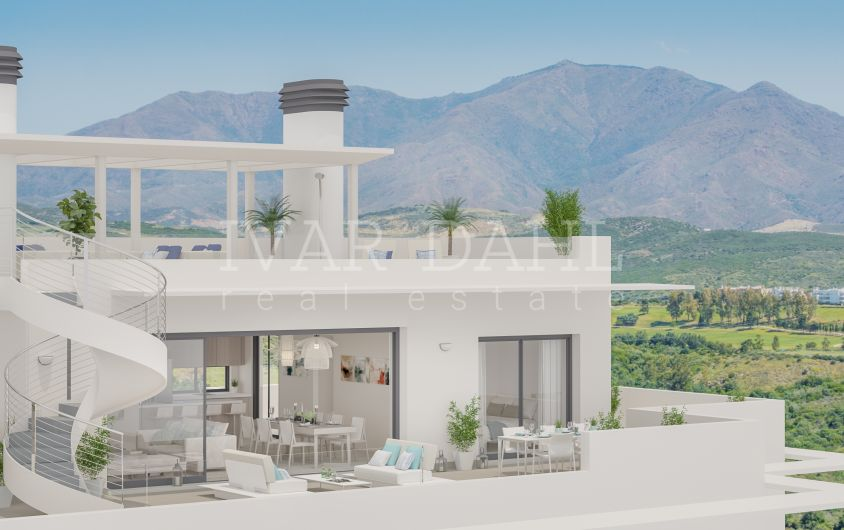 New modern apartments, penthouses and townhouses on golf course and with open sea views in Casares, Costa del Sol