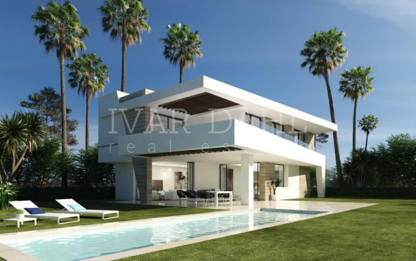 New contemporary Villas next to golf course in Estepona, Costa del Sol, for sale