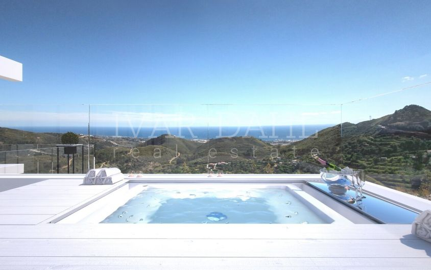 New modern apartments and penthouses, for sale with panoramic sea views Ojen, near Marbella